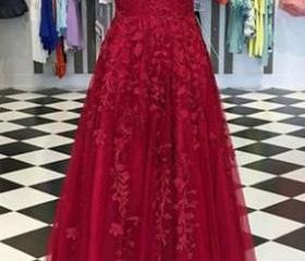 Red ball gowns Appl..