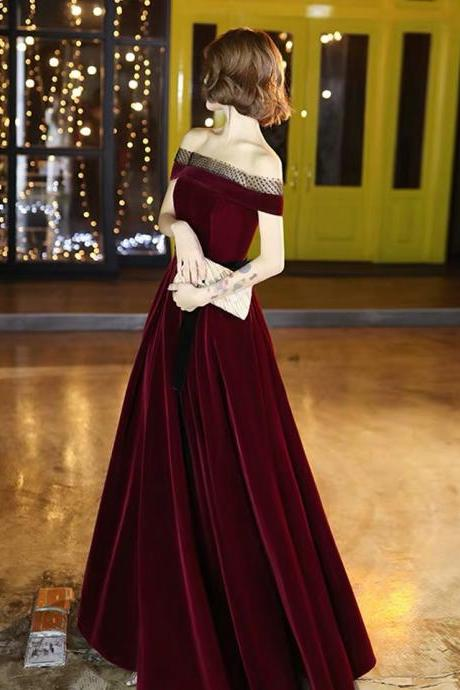 Bride prom dress new autumn and winter temperament party dress wine red velvet word shoulder banquet wedding evening dress