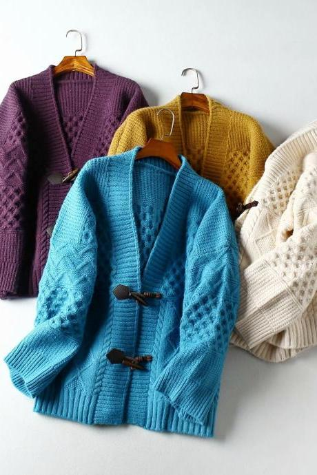 Core-wrapped yarn argyle cardigan sweater coat