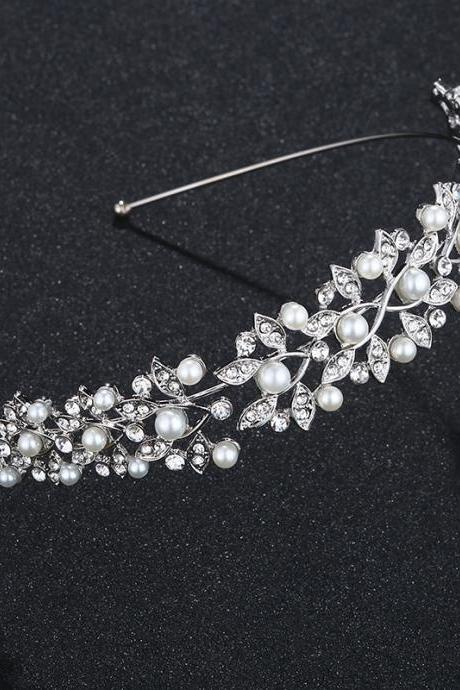 Bridal Tiara, Wedding Diamond and Pearl Hair Accessories, Wedding Dress Style Accessories, Bridal Accessories
