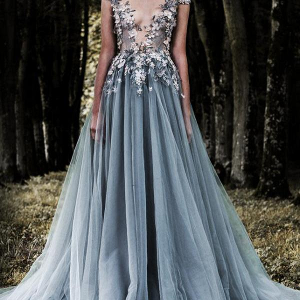 Appliques Prom Dress,Tulle Prom Dresses,Deep V-neck Prom Dress,Charming  Prom Dresses, New Design Prom Dress
